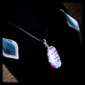 Very beautiful Hand painted Cabochon Necklace